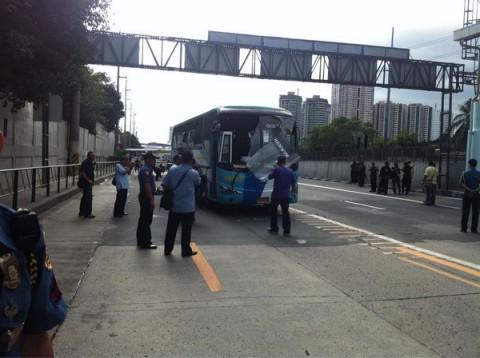 EDSA-Buendia-Bus-Explosion-4
